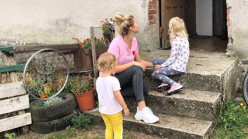 Sara Kulka und ihre beiden Töchter