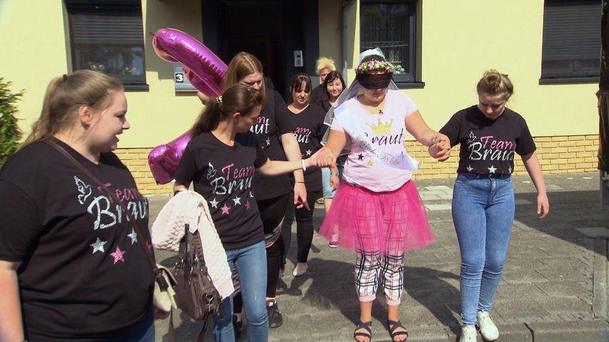 Sexy Dance-Stunde: Wilde Braut-Party bei Sarafina Wollny