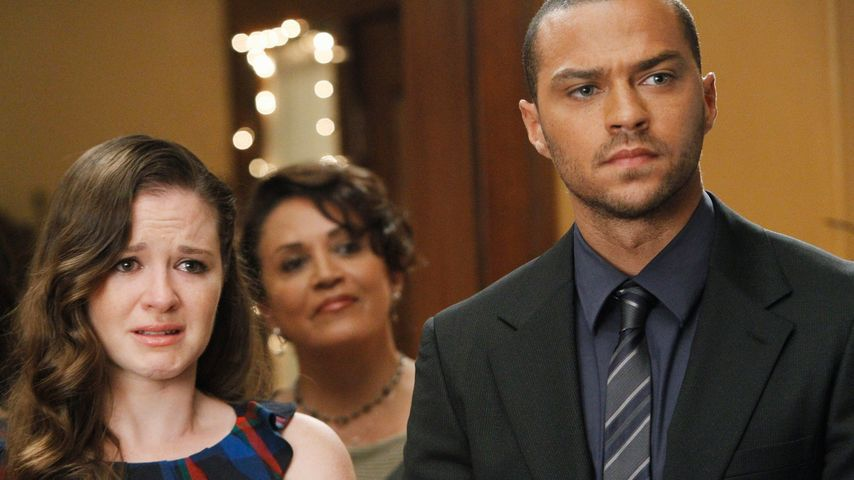 Sarah Drew und Jesse Williams bei Grey's Anatomy