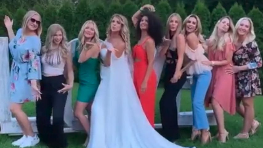 Influencer-Auflauf: Das sind Sarah Harrisons Brautjungfern
