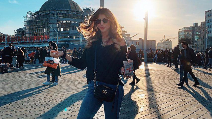 Sarah Harrison in Istanbul