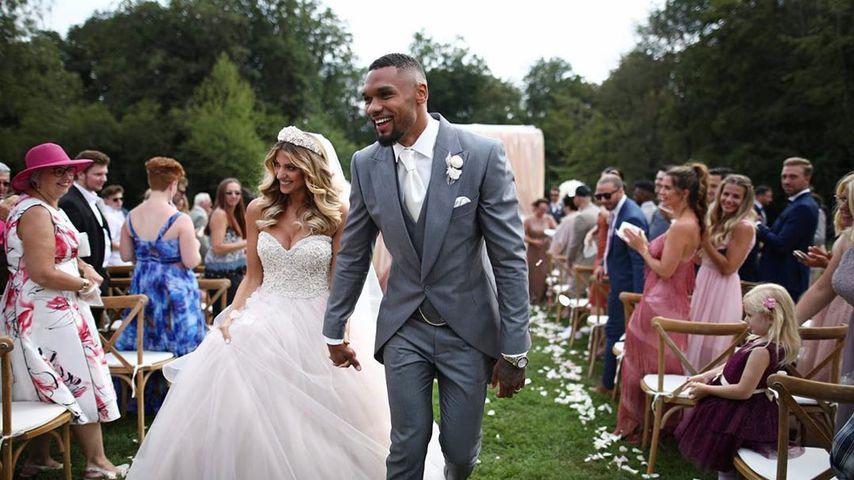 Sarah und Dominic Harrison am Tag ihrer zweiten Hochzeit im August 2019