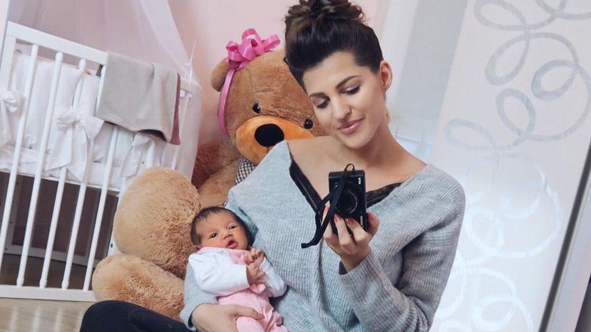 """""""Immer fitter"""": Sarah Harrison gibt zuckersüßes Baby-Update"""