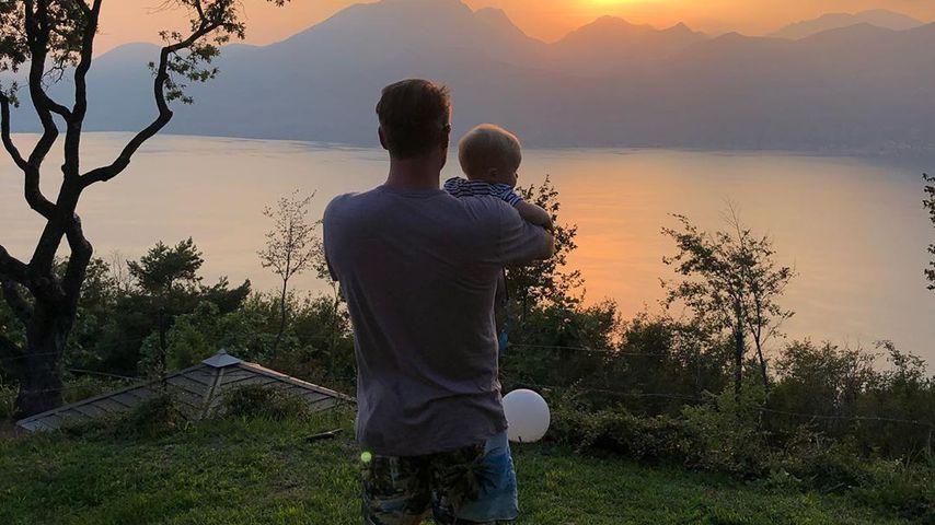 Sänger Sasha und sein Sohn Otto