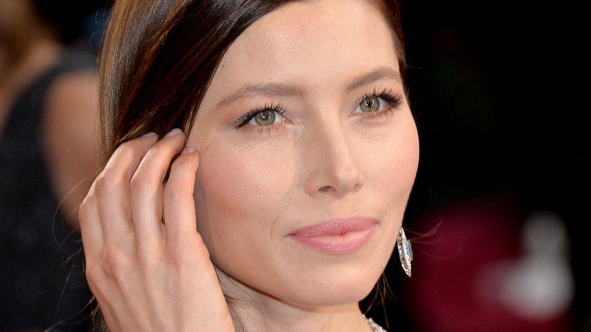 Schauspielerin Jessica Biel auf dem roten Teppich