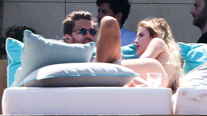 Scott Disick und Bella Thorne in Cannes