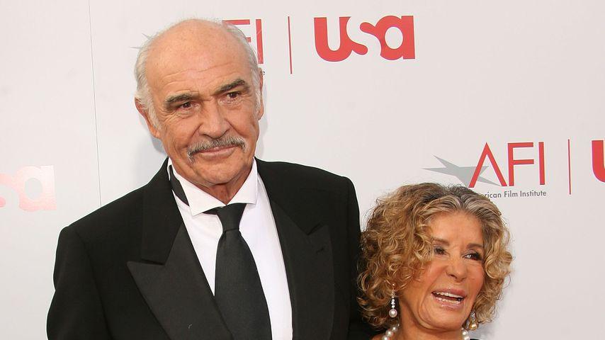 Sean Connery mit seiner Frau Micheline Roquebrune, 2006 in Hollywood