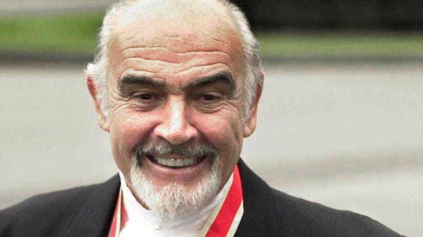 Sean Connery und Micheline Roquebrune am Tag seines Ritterschlags im Juli 2000
