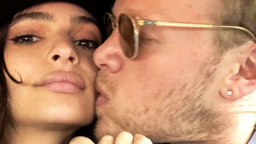 Sebastian Bear-McClard küsst Emily Ratajkowski