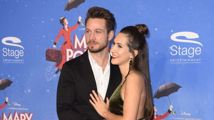 """Sebastian Pannek und Clea-Lacy Juhn bei der Musical-Premiere von """"Mary Poppins"""""""