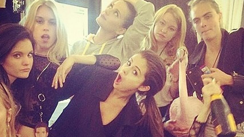 Selena Gomez: Coole Mädels-Party mit Suki & Cara