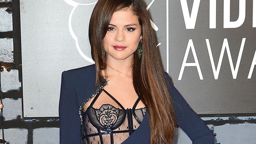 Sexy Selena Gomez: Gewitzt geschlitzt bei den VMAs