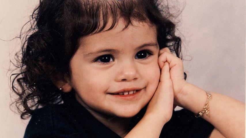 Fans verzückt: Selena Gomez postet weiteres Kinder-Foto!