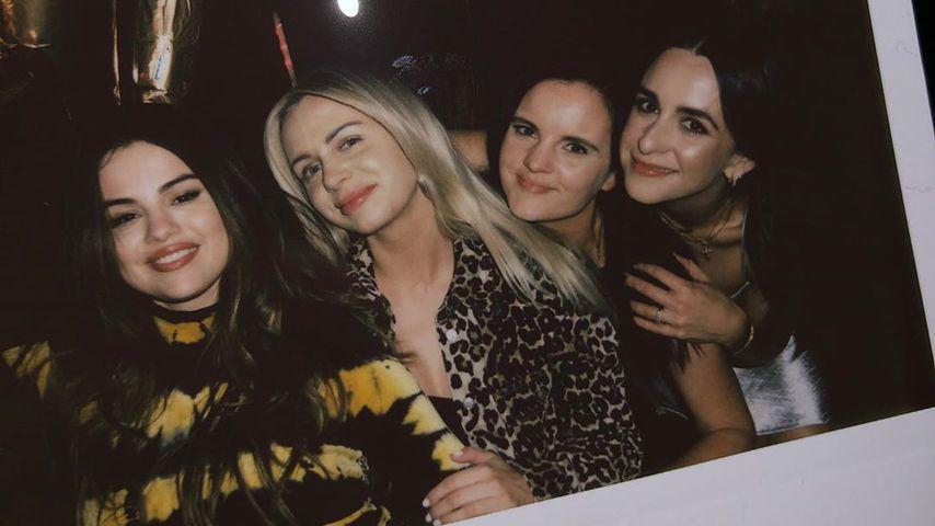 Selena Gomez zusammen mit ihren Freundinnen, Oktober 2019