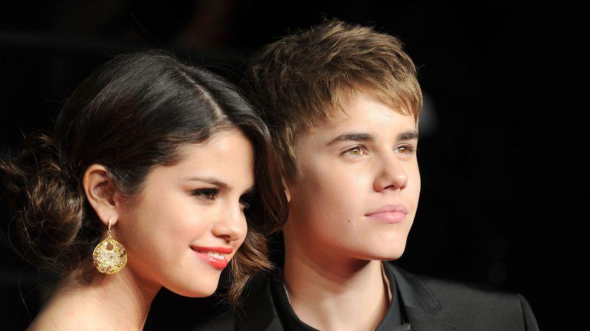 Selena Gomez und Justin Bieber bei der Vanity Fair Oscar Party 2011