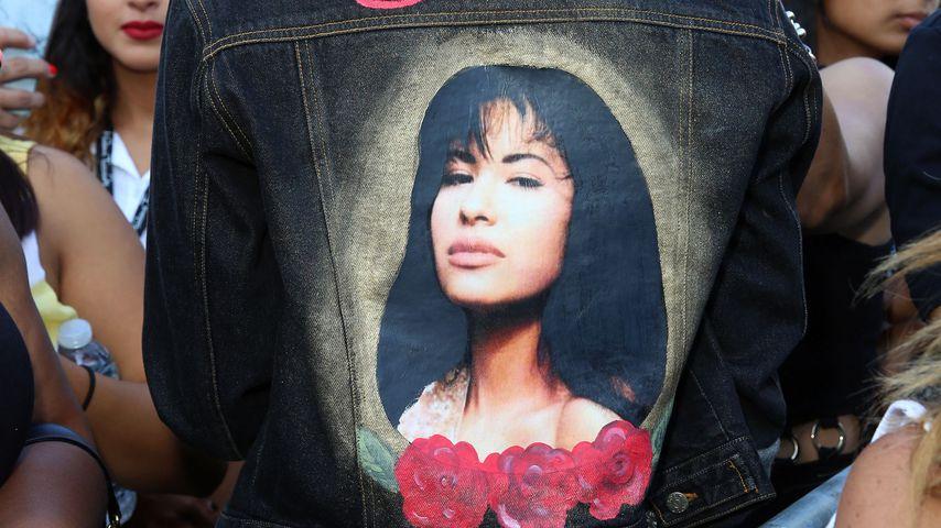 Selena-Fan bei der Vorstellung der Wachsfigur der Sängerin in Hollywood 2016