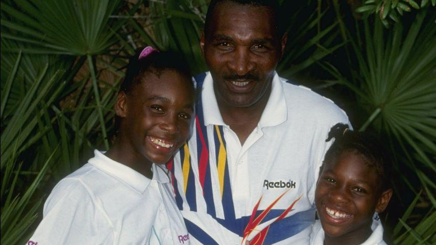 Serena Williams mit ihrem Vater Richard und ihrer Schwester Venus im Jahr 1992