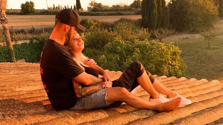Insta-offiziell: Serkan und Carina posten erstes Pärchen-Pic