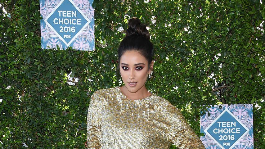 Shay Mitchell bei den Teen Choice Awards 2016