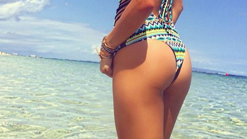 Popo-Alarm: Shay Mitchells sexy Strand-Posing!