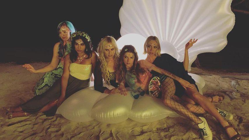 Shelley Regner, Chrissie Fit, Rebel Wilson, Anna Kendrick und Brittany Snow im September 2021