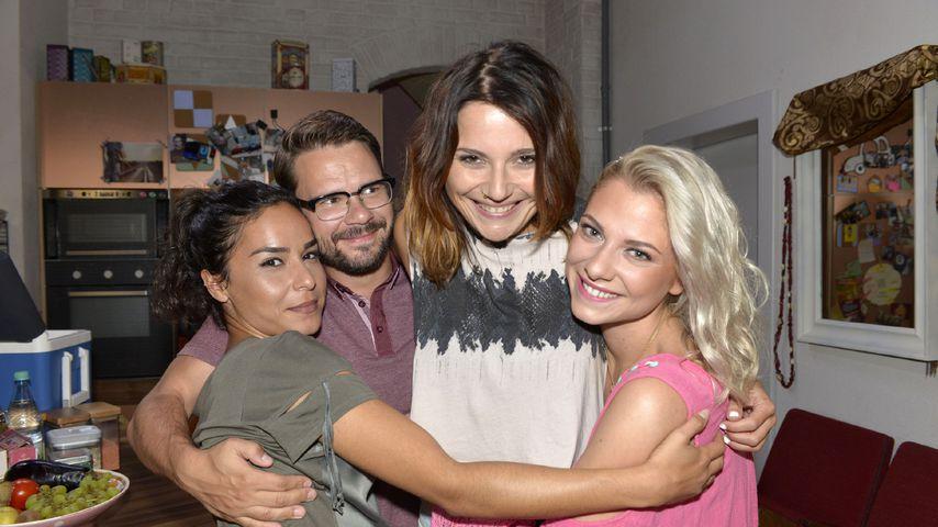 Shirin (Gamze Senol), Tuner (Thomas Drechsel), Anni (Linda Marlen Runge) und Sunny (Valentina Pahde)