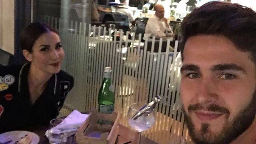"""Sila und Samuel im Hotelrestaurant """"Midtown Grill"""" in Berlin"""