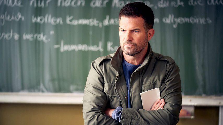 "Simon Böer als David Ritter bei ""Der Lehrer"""