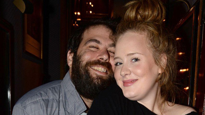 Von wegen nur Trennung: Adele soll längst geschieden sein!