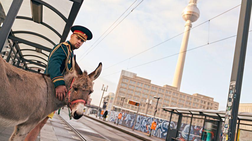 Slavik mit einem Esel