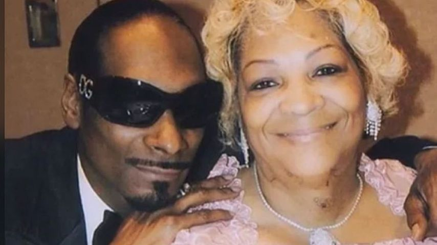 Sorge um seine Mutter: Snoop Dogg fordert Fans zum Gebet auf