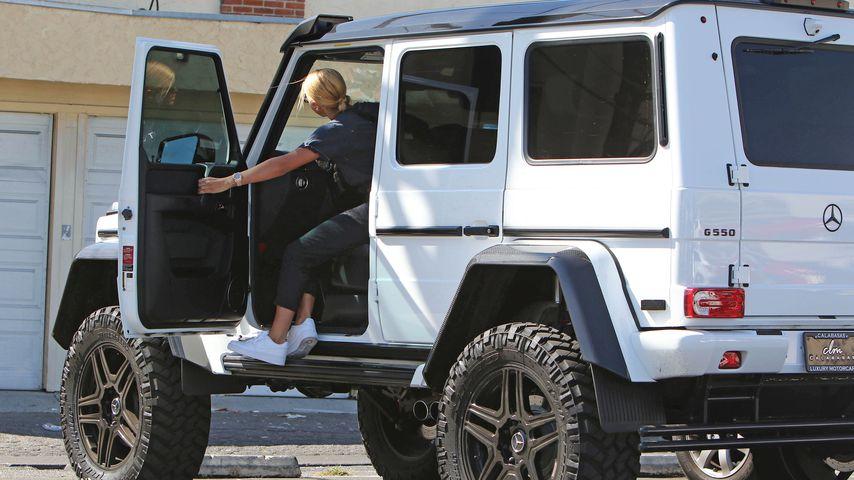 Sofia Richie in ihrem Truck