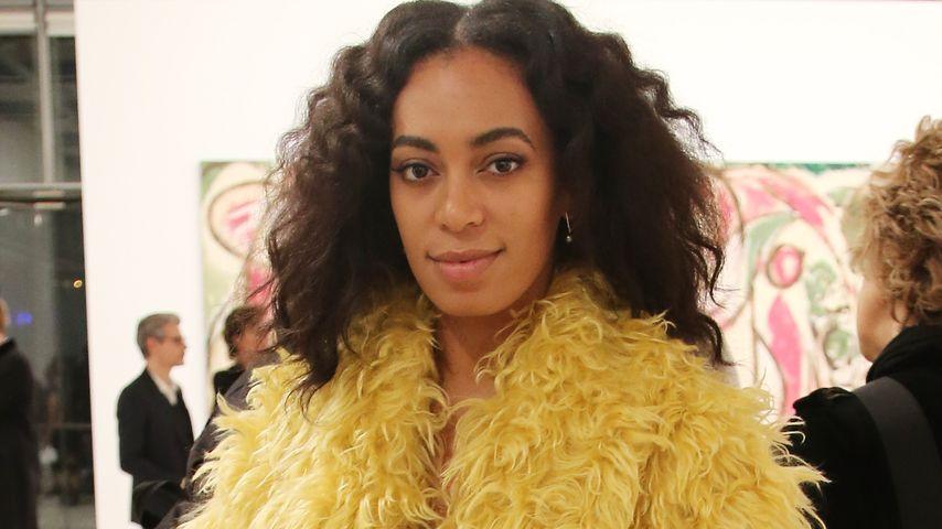 Papagei-Alarm: Solange Knowles im Vogel-Look