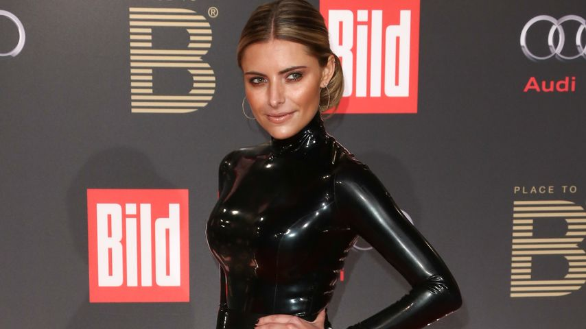 So hot! Sophia Thomalla punktet im Latex-Look