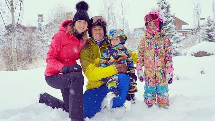 Stacy Keibler und Jared Pobre mit ihren Kids