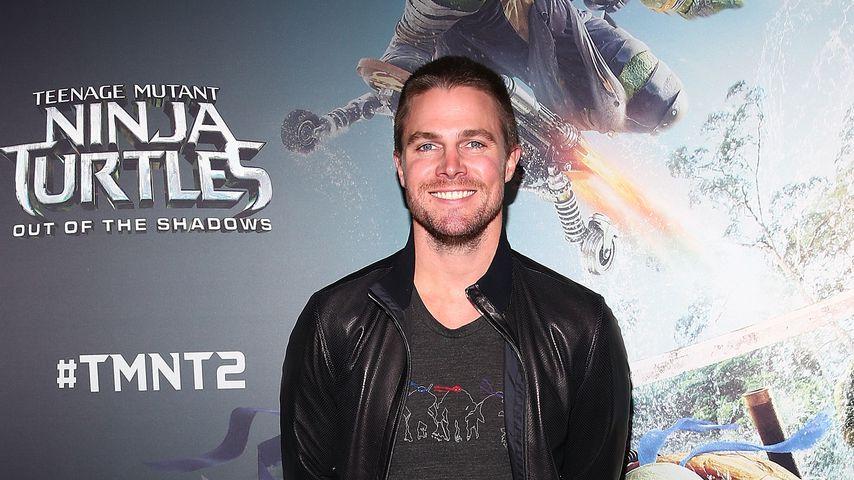 """Schauspieler Stephen Amell bei der """"Ninja Turtels 2""""-Premiere"""