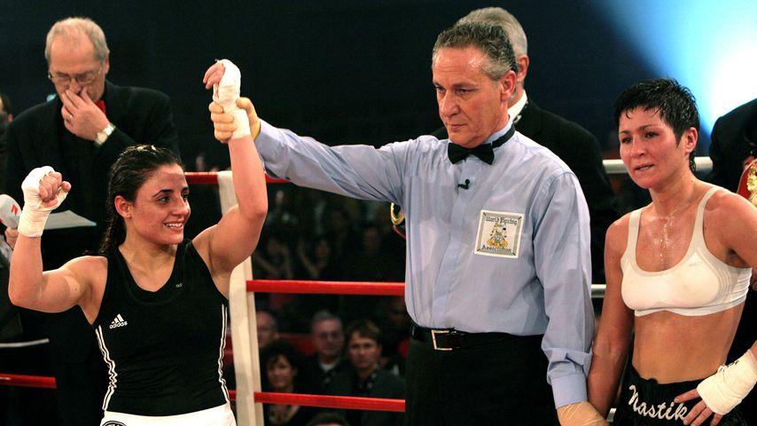 Susianna Kentikian nach ihrem Sieg gegen Anastasia Toktaulova