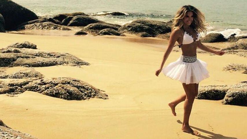 Sexy Beach-Beauty: Sylvie Meis im Rüschen-Röckchen