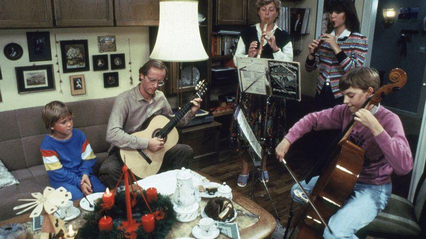 """Szene aus der Auftaktfolge der """"Lindenstraße"""", 1985"""