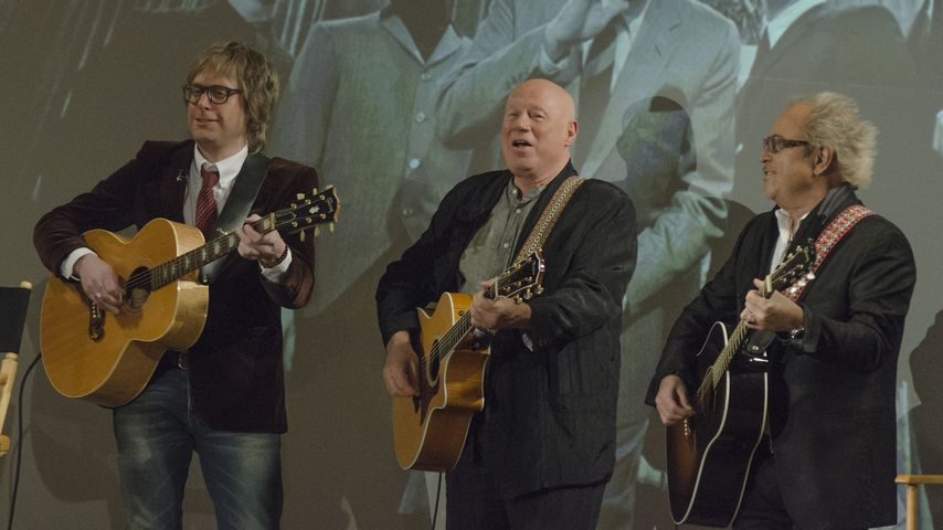 "Tad Kubler, Neil Innes and Mick Jones bei ""50 Years: The Beatles"""