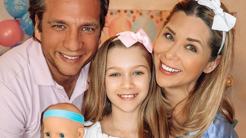 Tanja Szewczenko mit ihrem Mann Norman und Tochter Jona