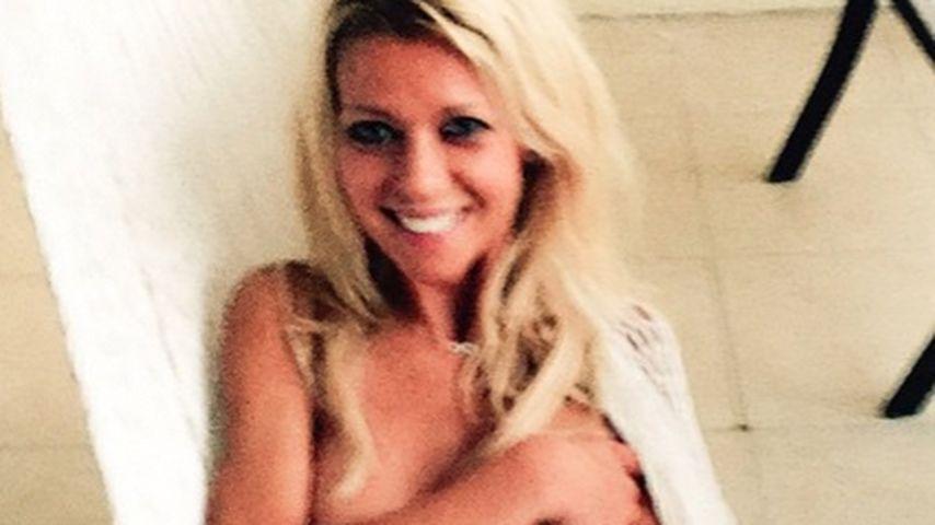 Nackig: Nun legt Tara Reid sogar den Bikini ab!