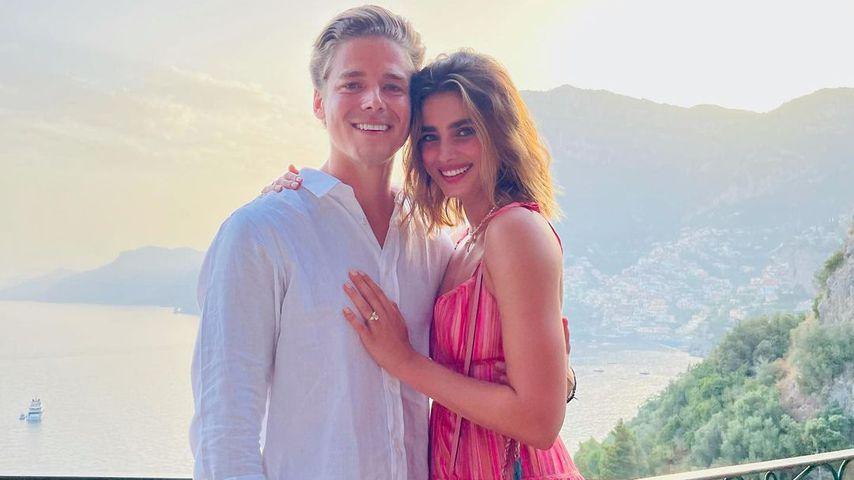 Victoria's-Secret-Schönheit Taylor Hill hat sich verlobt!