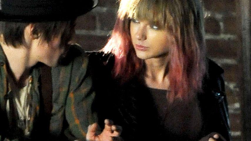 Taylor Swift: Trägt sie jetzt etwa pinke Spitzen?