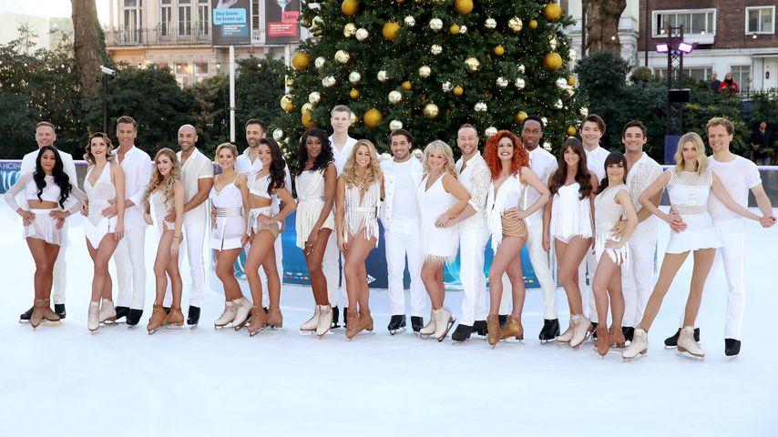 """Teilnehmer und Profis der britischen Ausgabe von """"Dancing on Ice"""" in London"""