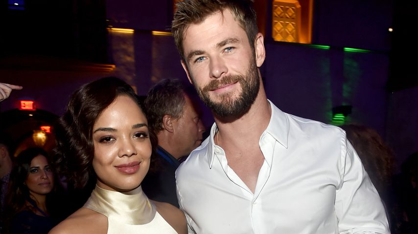 Tessa Thompson und Chris Hemsworth bei einer Premiere in Hollywood