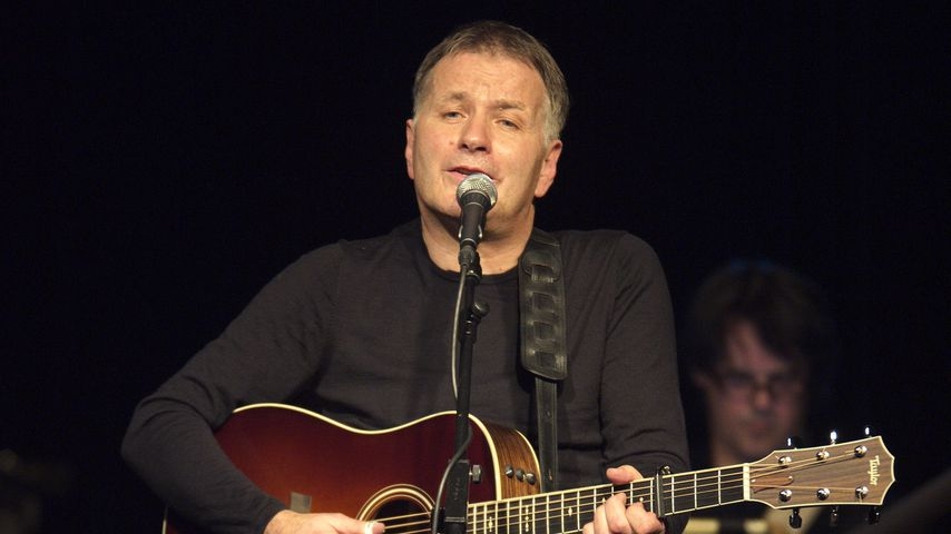 Thomas Rühmann während eines Konzerts im Postbahnhof in Berlin