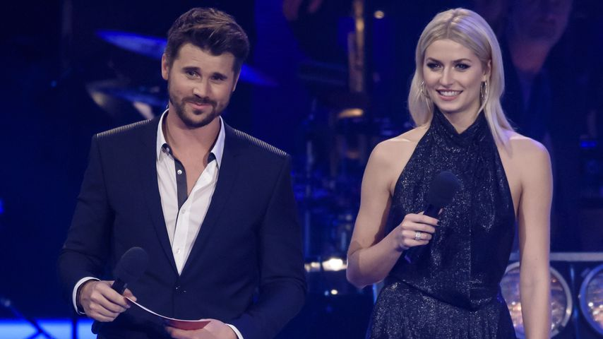 "Thore Schölermann und Lena Gercke als Modeartions-Duo bei ""The Voice of Germany"""