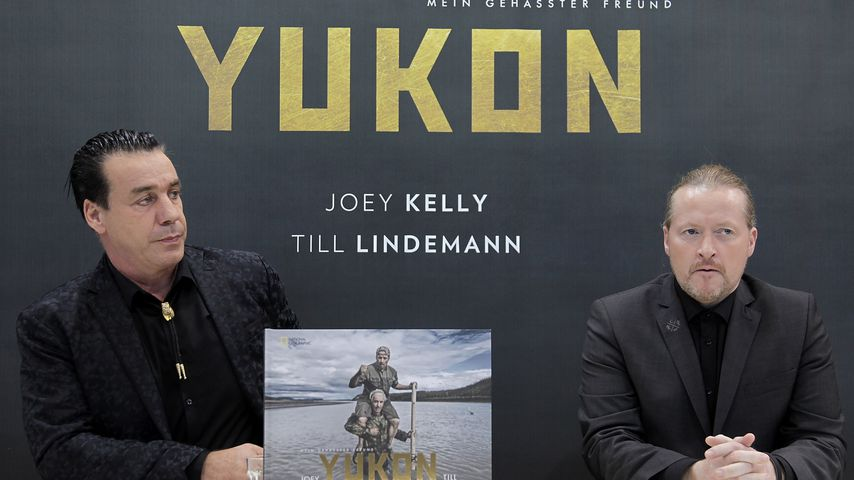 """Till Lindemann und Joey Kelly bei der Präsentation ihres ersten Bildbandes """"Yukon"""" auf der Frankfurt"""