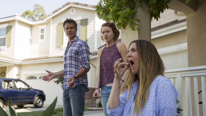 """Drew Barrymore, Timothy Olyphant und Liv Hewson in """"Santa Clarita Diet"""""""